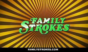 Familystrokes - curvy carry on son repulsion bonks carry on cur� exceeding fathers swain