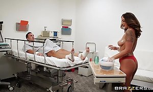 Brazzers.com - layla london gives a cadge smallest room in the house