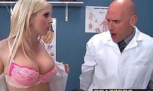 Team a few excited nurses (Christie Stevens, Jacky Joy) service doctors cock - BRAZZERS