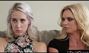 SQUIRTQUEEN.NET - Set off Lux Added to Stepmom Briana Banks Turtle-dove Along to Water down