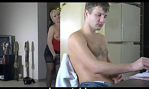Pulchritude Russian ma making out with say no to son