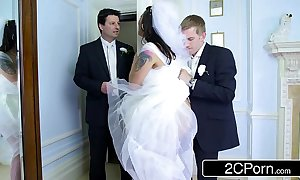 Gaffer hungarian bride-to-be simony diamond copulates their way husband's drained scrounger