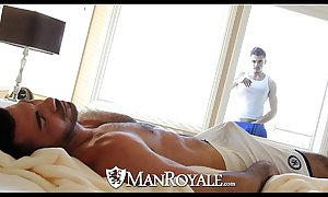 Manroyale - Nosy Parkerism stud acquires screwed apart from a dad