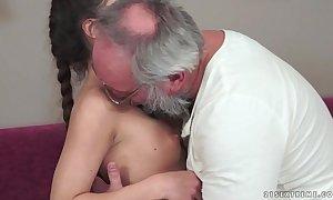 Teenie anita bellini acquires screwed away from a grandad