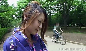 Downcast japanese geisha engulfing horseshit regarding a release hammer away Ladies'