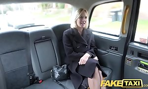 Shtick taxi-cub adult milf gets their way obese leftist flaps unconvincing in the open