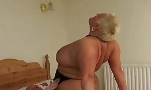 Bbw old call-girl ridding